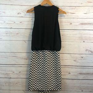 Karen Kane Dresses - Karen Kane • Dress • Zig Zag •